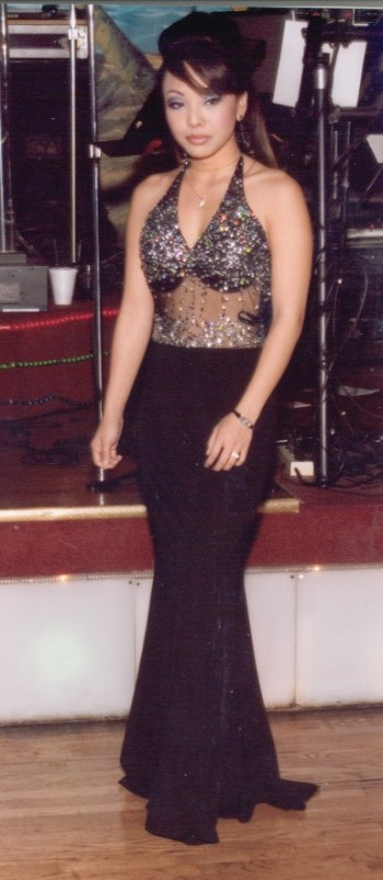 Custom Evening Gowns - Valcouie-Couture